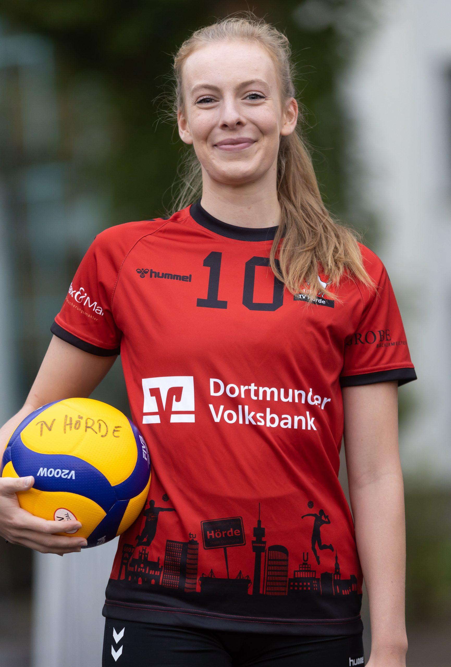 #10 Anna Böhm
