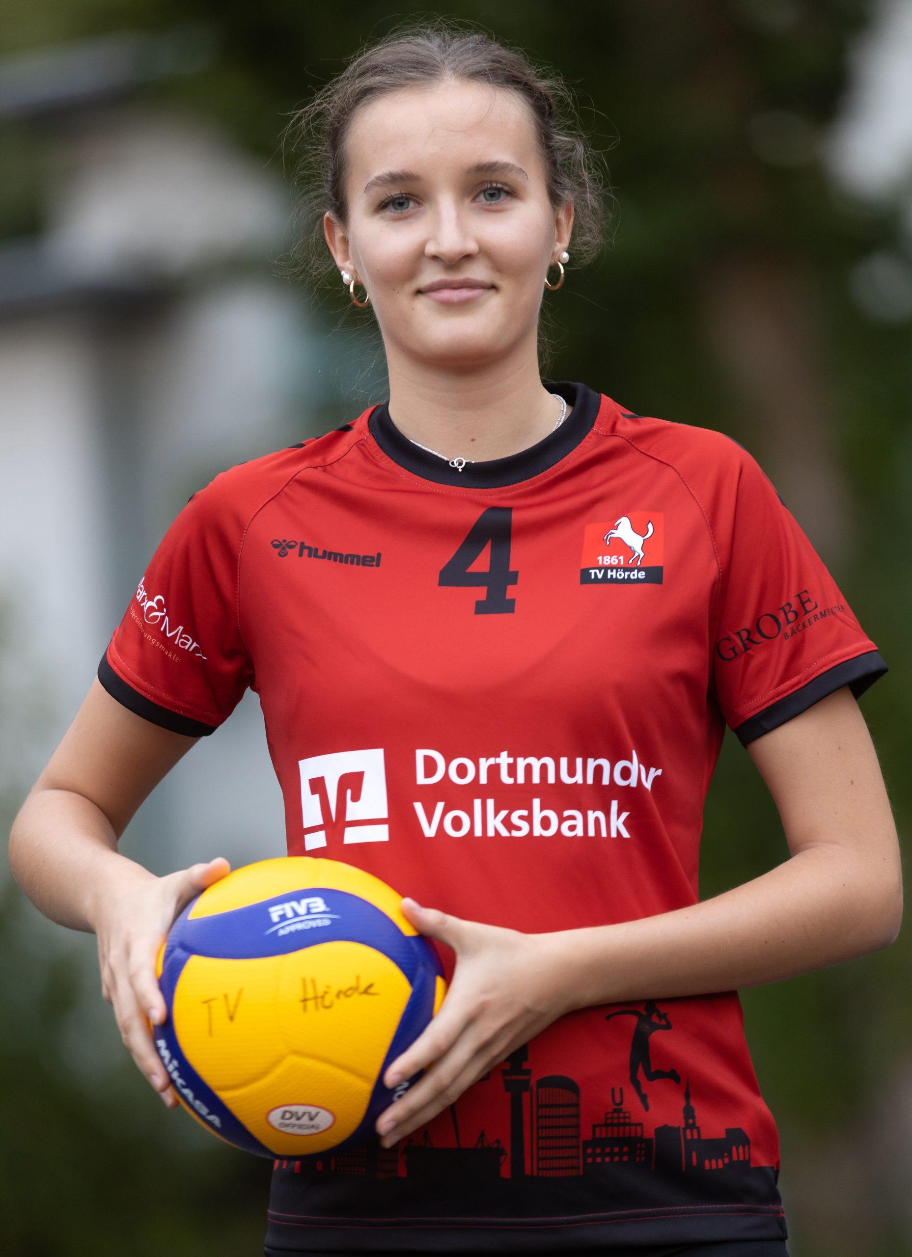 #04 Carlotta Klemm