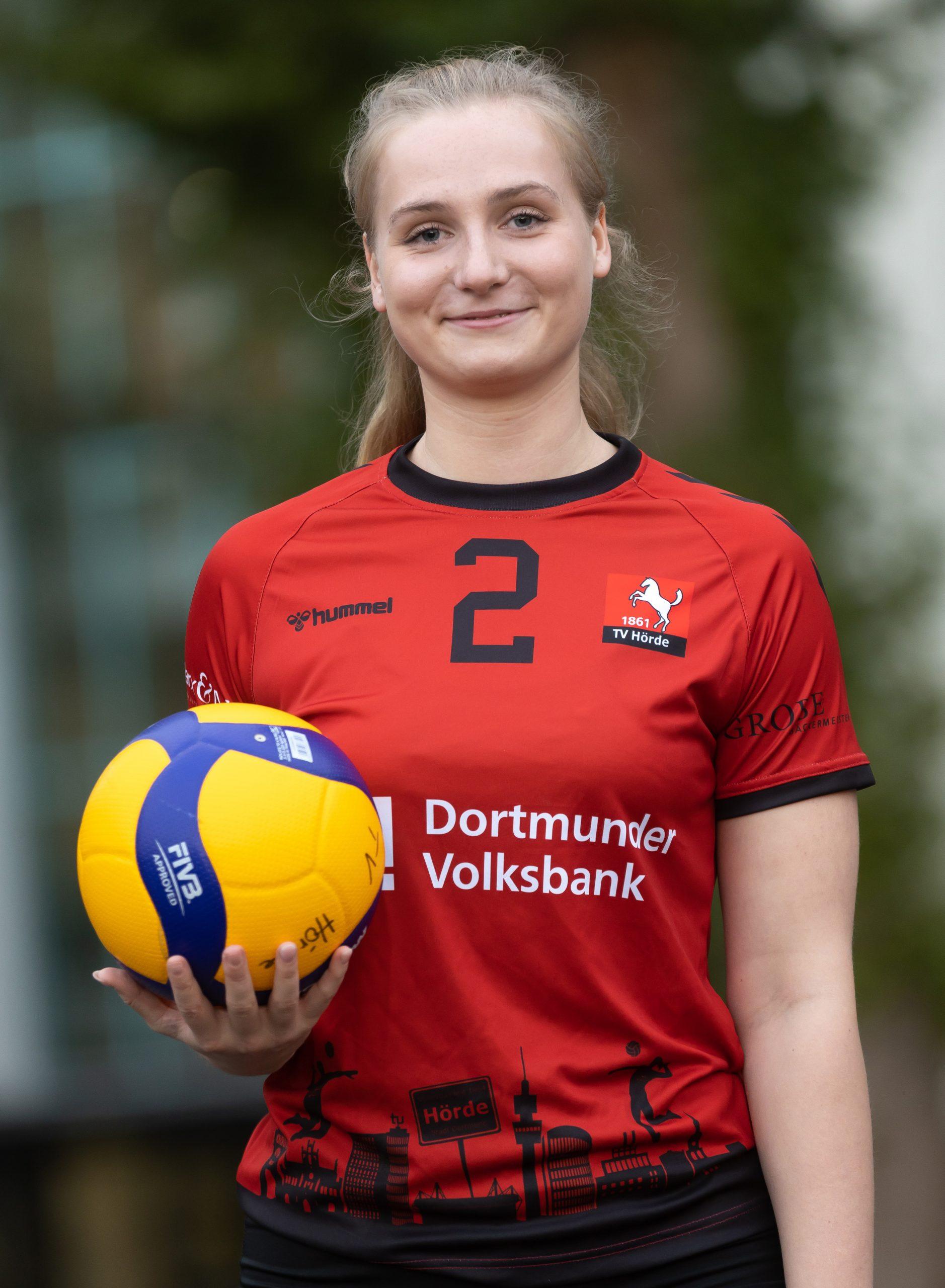 #02 Sabrina Meintrup